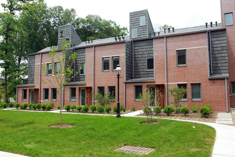 Lakeside Apartments And Townhouses Housing And Real Estate